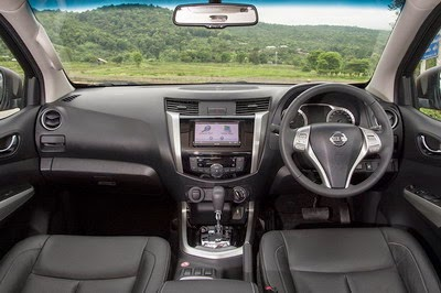 Interior Nissan Navara Indonesia