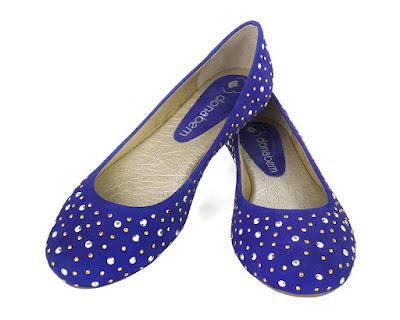 sapatilha azul linda bonita elegante moderna moda fashion retro rasteira caçado feminino sapato mulher laço brilho tacha tachinha rock
