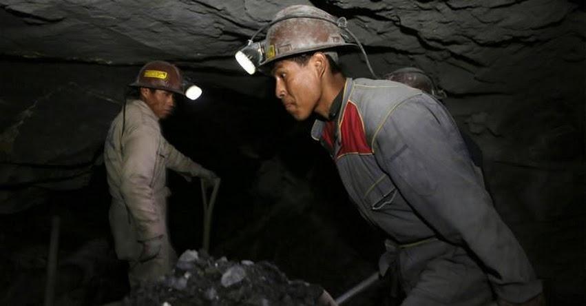 EL AGUA LE GANÓ AL ORO: Prohíben la minería metálica en El Salvador