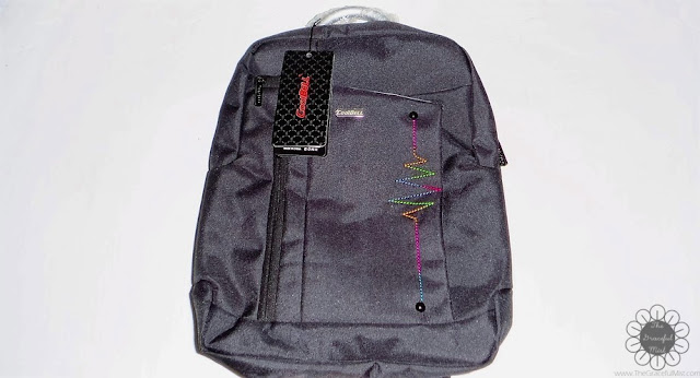 DressLily.com - Shipping and Delivery - Letter Nylon 14 Inch Laptop Backpack - Packaging of Handle (Product Reviews at www.TheGracefulMist.com | @TheGracefulMist)