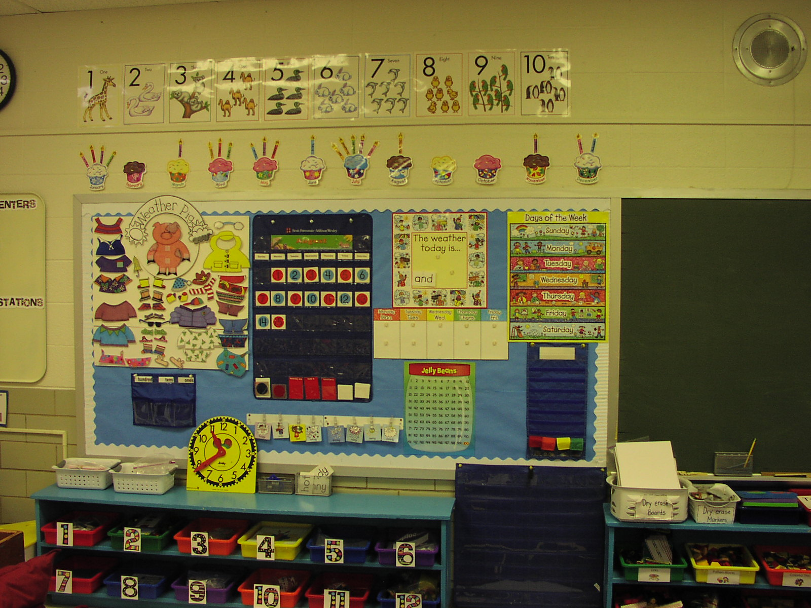 Calendar Design For Classroom : Keen on kindergarten classroom pics