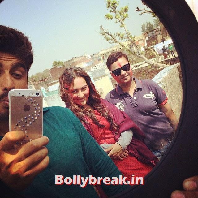 Arjun Kapoor and Sonakshi Sinha, Bollywood Celebrities Holi Pics - Hrithik, Sonam, Sonakshi, Jacqueline