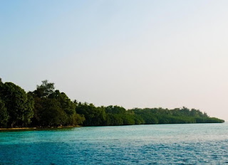 http://www.teluklove.com/2017/04/destinasti-objek-wisata-pulau-melintang_14.html