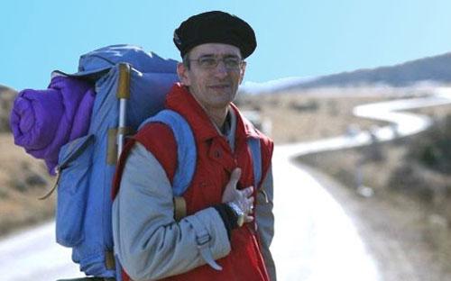 Subhanallah ! Berjalan kaki 5700KM Untuk Tunaikan Haji