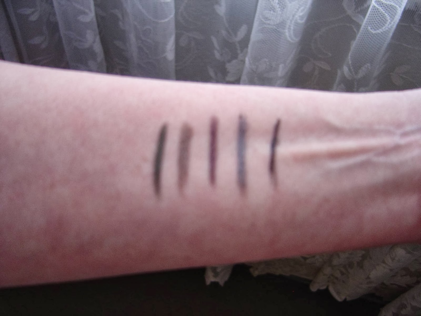 IT Cosmetics No-Tug Waterproof Gel Eyeliners swatches