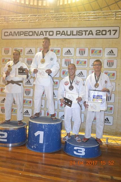 """""""ARJU"""" Associação Registrense de Judô conquista Bronze na Final Paulista sub 18 e SUB 21 da Divisão Especial."""