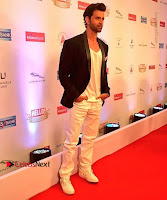 Celebs On Red Carpet Of Hello Hall Of Fame Awards  0026.jpg