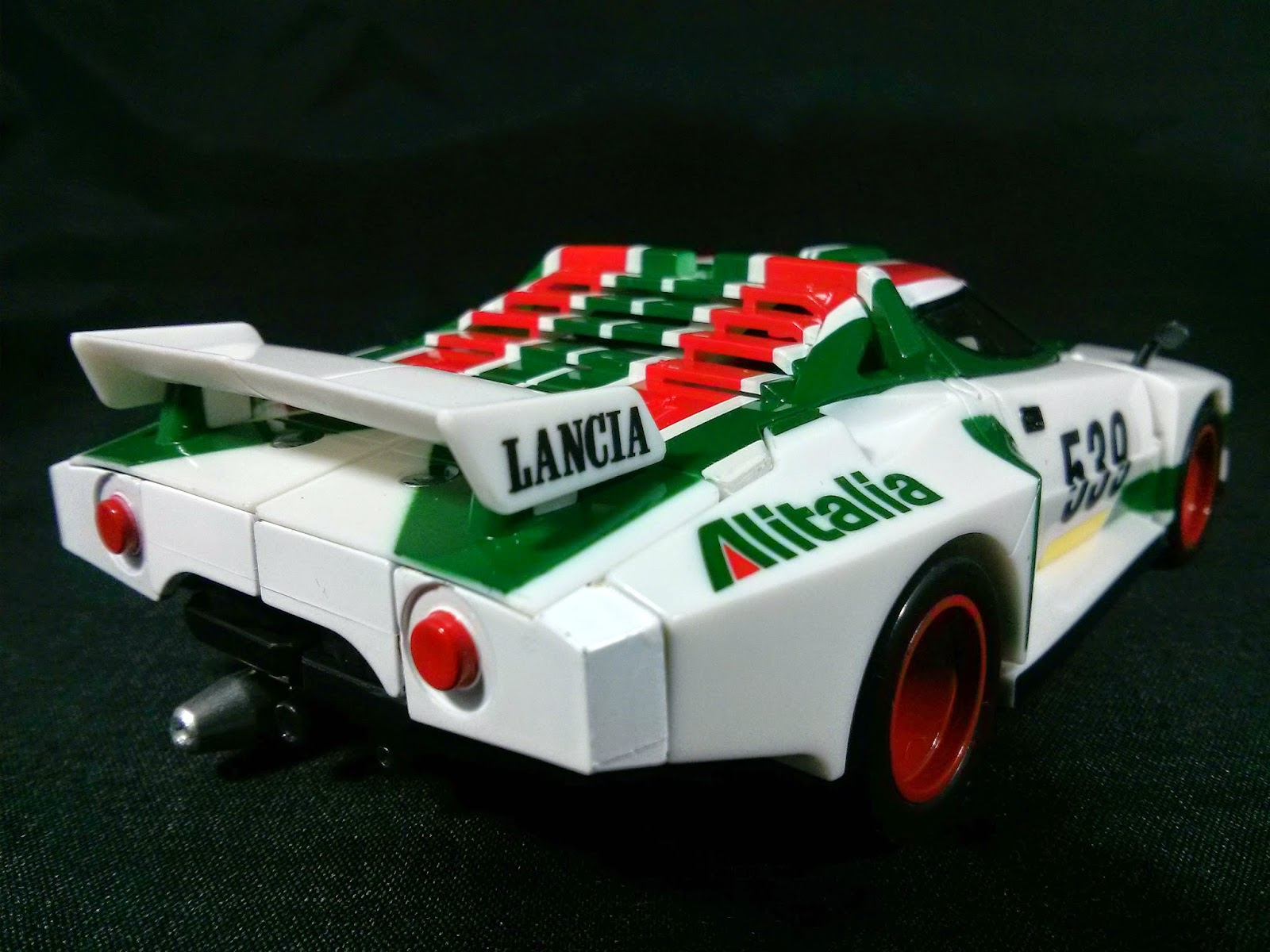 wheeljack back of car
