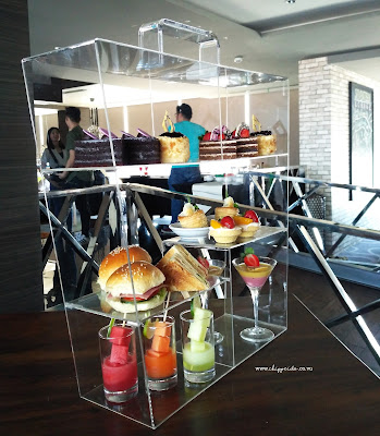 SEVENTEEN SKYVIEW RESTO & LOUNGE SURABAYA @ HARRISGUBENG : 9 + 1 NEW Menu Launching #tastemadeofseventeenlounge_SEVENTEENLOUNGE_SEVENTEEN_SEVENTEEN LOUNGE_HARRIS_HARRIS GUBENG_POP HOTEL_SURABAYA_KULINER_INDONESIA_KULINER SURABAYA_CONVENTIONS_FOOD GATHERING_FOODIE GATHERING_FOOD_FOOD BLOGGER_BLOGGER_BLOGGER SURABAYA_FOOD BLOGGER SURABAYA_DESSERT_SIRLOIN_TENDER_MEAT_KUMPUL FOODIES_TEMAN_FRIENDSHIP_GATHERING_TASTEMADEOFSEVENTEENLOUNGE_#TASTEMADEOFSEVENTEENLOUNGE_TASTEMADE_TASTE_MADE_TASTE MADE_FOOD TASTING_COBAIN MENU BARU_NEW_MENU BARU_NEW MENU_RAVIOLI_BRAISED OX-TOUNGE_BURGER_TRUFFLE BURGER_SIRLOIN_KANI_TEMPURA_JAPANESE_KOREAN_KANI TEMPURA_AFTERNOON TEA_HIGH TEA