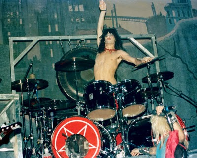tommy lee - young drum