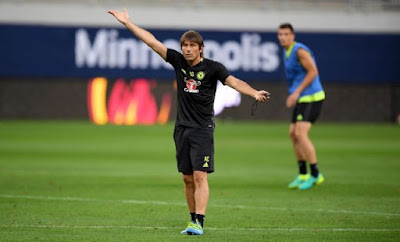 Antonio Conte put the players through their paces at the brand new US Bank Stadium on Tuesday afternoon.