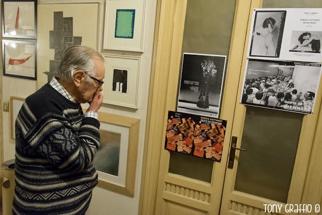 Enrico Cattaneo nelle bellissime fotografie di Tony Graffio