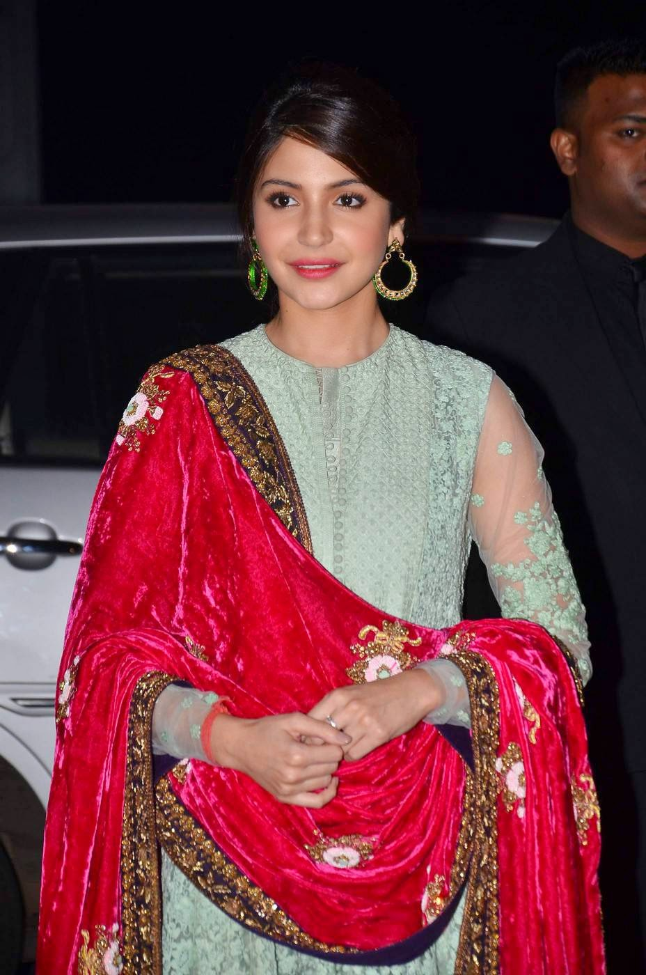 Actress Anushka Sharma Latest Cute Hot Spicy Photos Gallery At Udhay-Shirin Wedding Reception