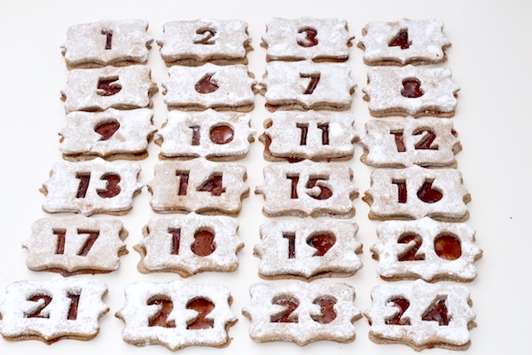 Advent Hazelnut Hibiscus Linzer Cookies – Diary of a Mad