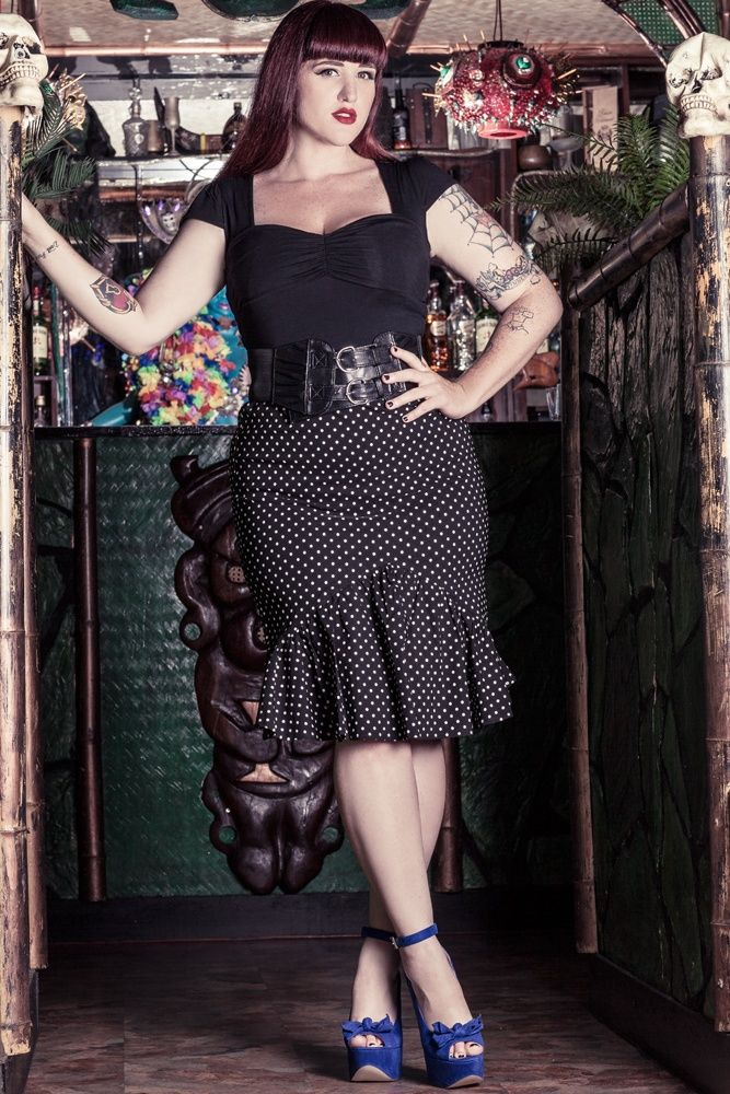 Momo Clothing For Women With Plus Size Momo Fashions In Manchester