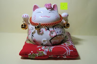 Erfahrungsbericht: Japanische Maneki Neko Glückskatze aus Porzellan (Klein, 12 cm)