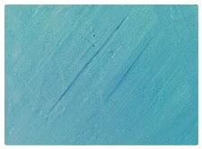 Effet voulu ou erreur, ce pigment mal dilué marque le mur