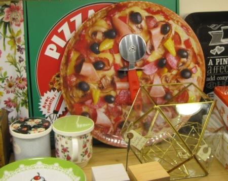 Bandeja para pizza y cortador