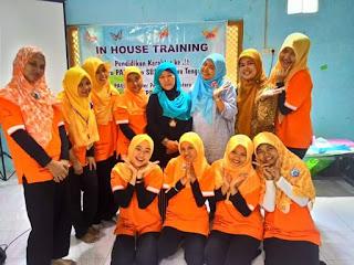 dian nafi sharing untuk guru paud di indonesian heritage forum