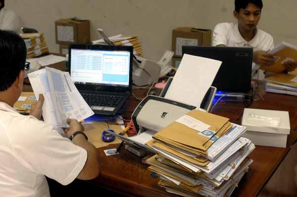 Panitia UU SD Mulai Lakukan Scanning LJK