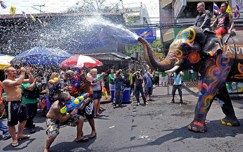Geschichte und Traditionen des neuen Jahres