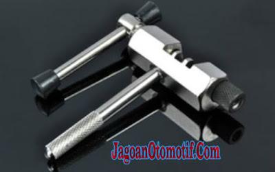 Kunci Rantai Sepeda Motor ( Pemotong dan Penyambung )