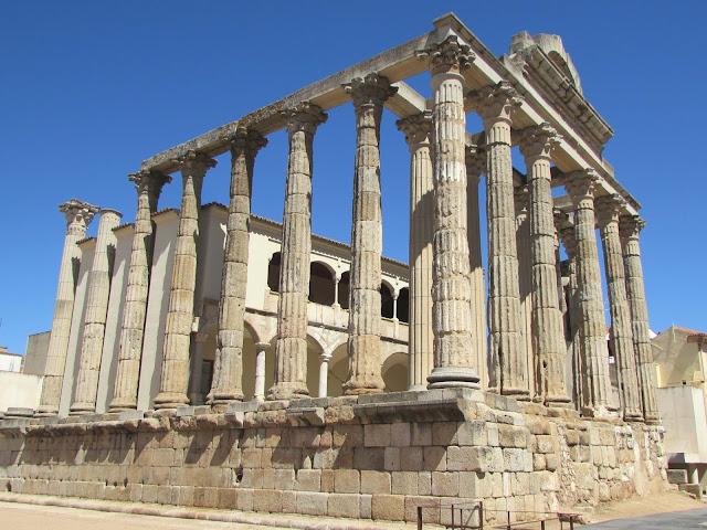 Templo de Diana; Mérida; Badajoz; Extremadura; Vía de la Plata