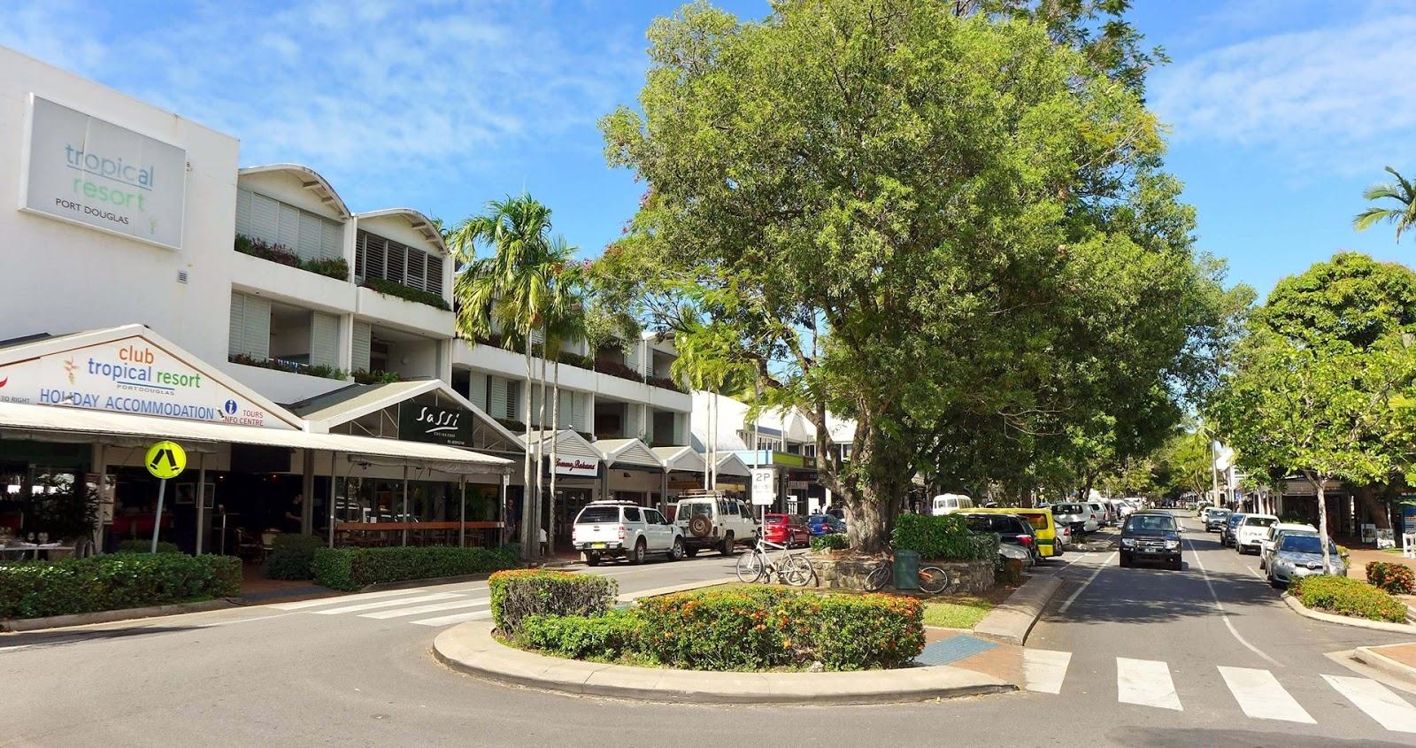 凱恩斯-景點-推薦-道格拉斯港-馬卡松街-旅遊-自由行-澳洲-Cairns-Tourist-Attraction-Port-Douglas-Macrossan-Street-Travel-Australia