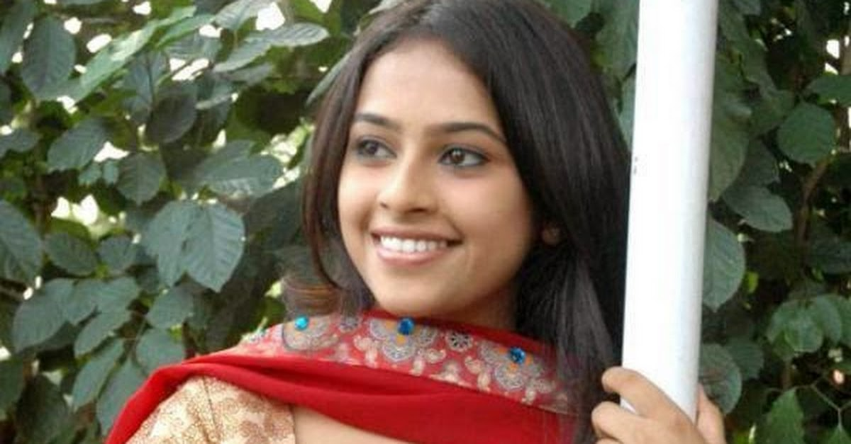 Tamil Indian Bhabhi Hot Photos In Tight Punjabi Salwar -3639
