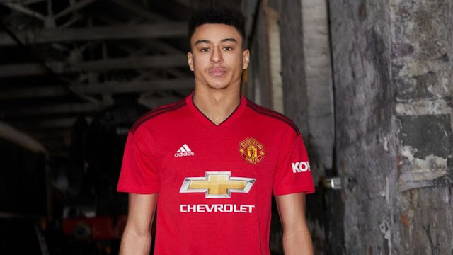 Manchester United unveil home kit for 2018-19 season