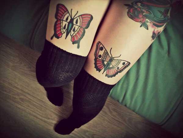 diz üstü kelebek dövmesi