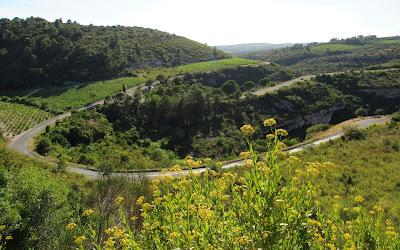 Hoces del río Cesse en Minerve. Ruta por el País de los Cátaros. Francia
