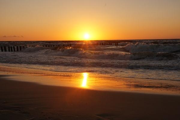 zachód słońca nad morzem w unieściu