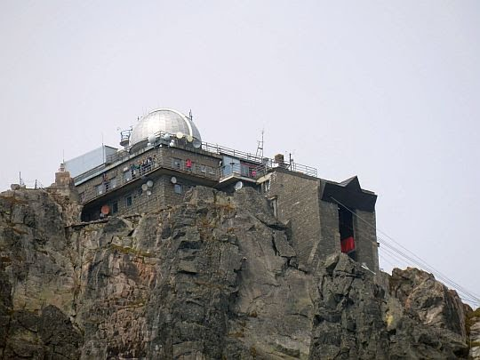 "Obserwatorium astronomiczne ""Lomnický štít""."
