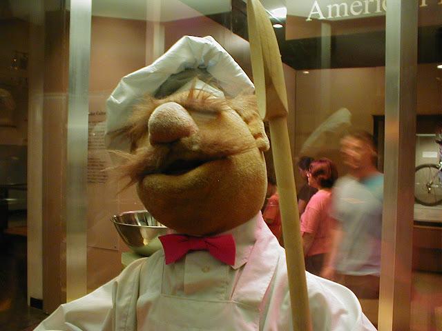 Kermit der Frosch und der dänische Koch singen Shaggys 'It Wasn't Me' | Mylo The Cat MashUp