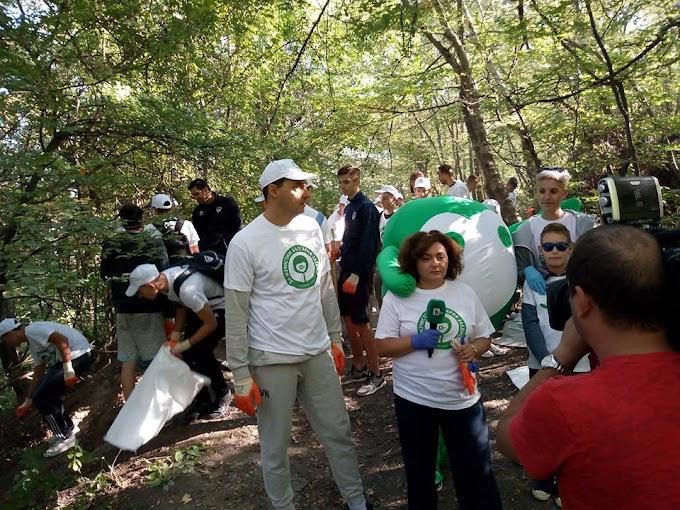 "390 000 доброволци участваха в ""Да изчистим България заедно"" 2018"