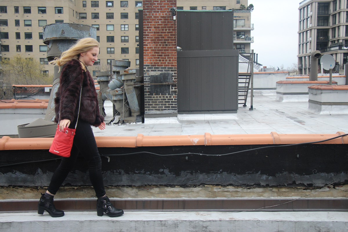 Li, a NYC and Scottish lifestyle blogger chats about her new H&M faux fur jacket and Tazo wild sweet orange tea