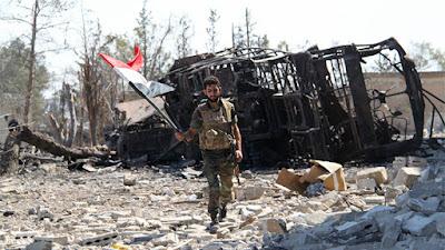 Un soldado sirio en una academia militar de Alepo liberada de los extremistas, el 5 de septiembre de 2016.Mikhail AlaeddinSputnik