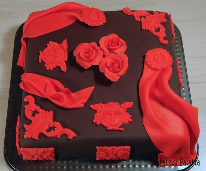 cake design, gâteau 3D, pâte à sucre, gumpaste, fondant, baroque cake, black and red cake