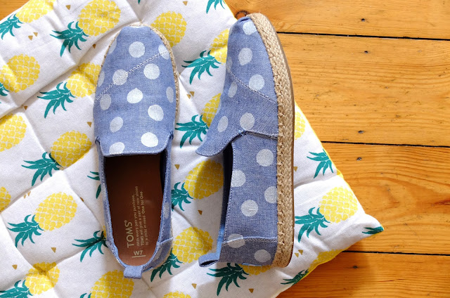 http://www.lilikus.be/2017/06/diy-jai-customise-mes-toms.html