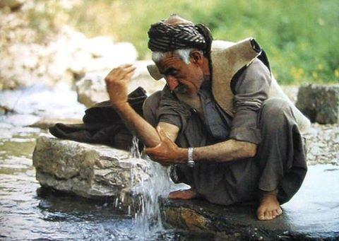 Pelihara Jenggotmu Wahai Lelaki, Sungguh Malaikat Berebut Air Wudhu Dari Sana
