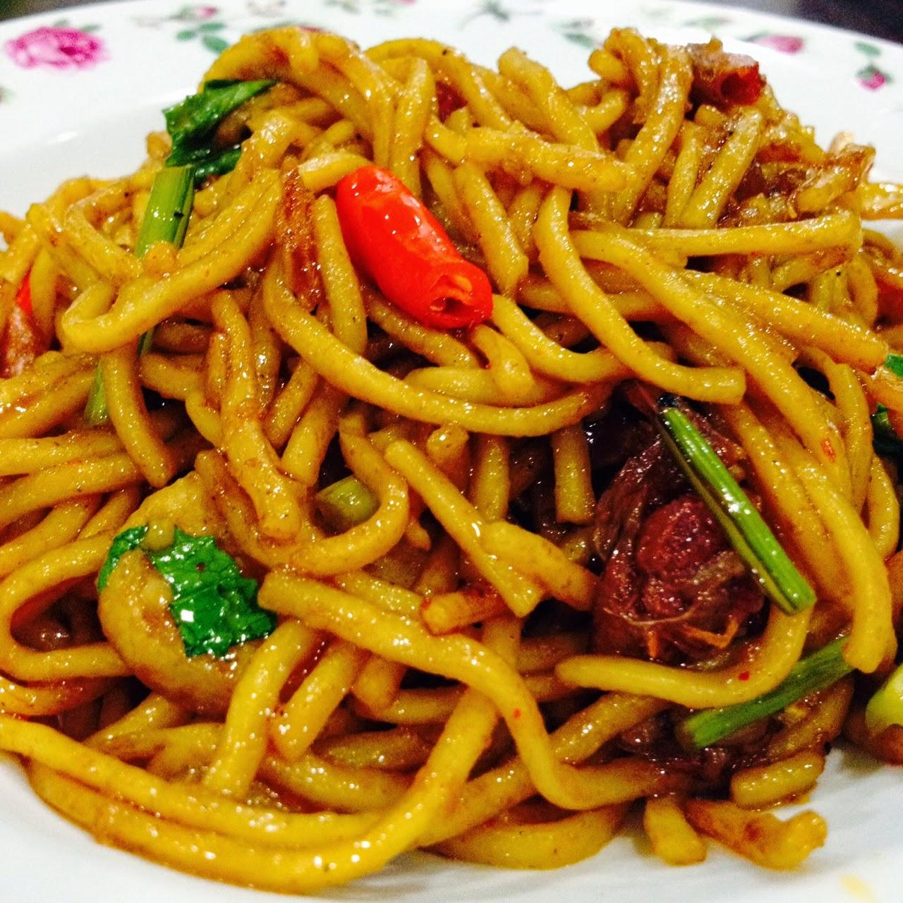 cik wan kitchen mee goreng mudah  mee goreng talam Resepi Mee Goreng Ratna Enak dan Mudah