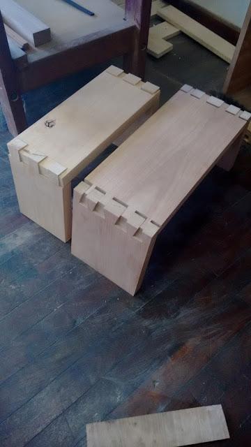 encaixe em madeira