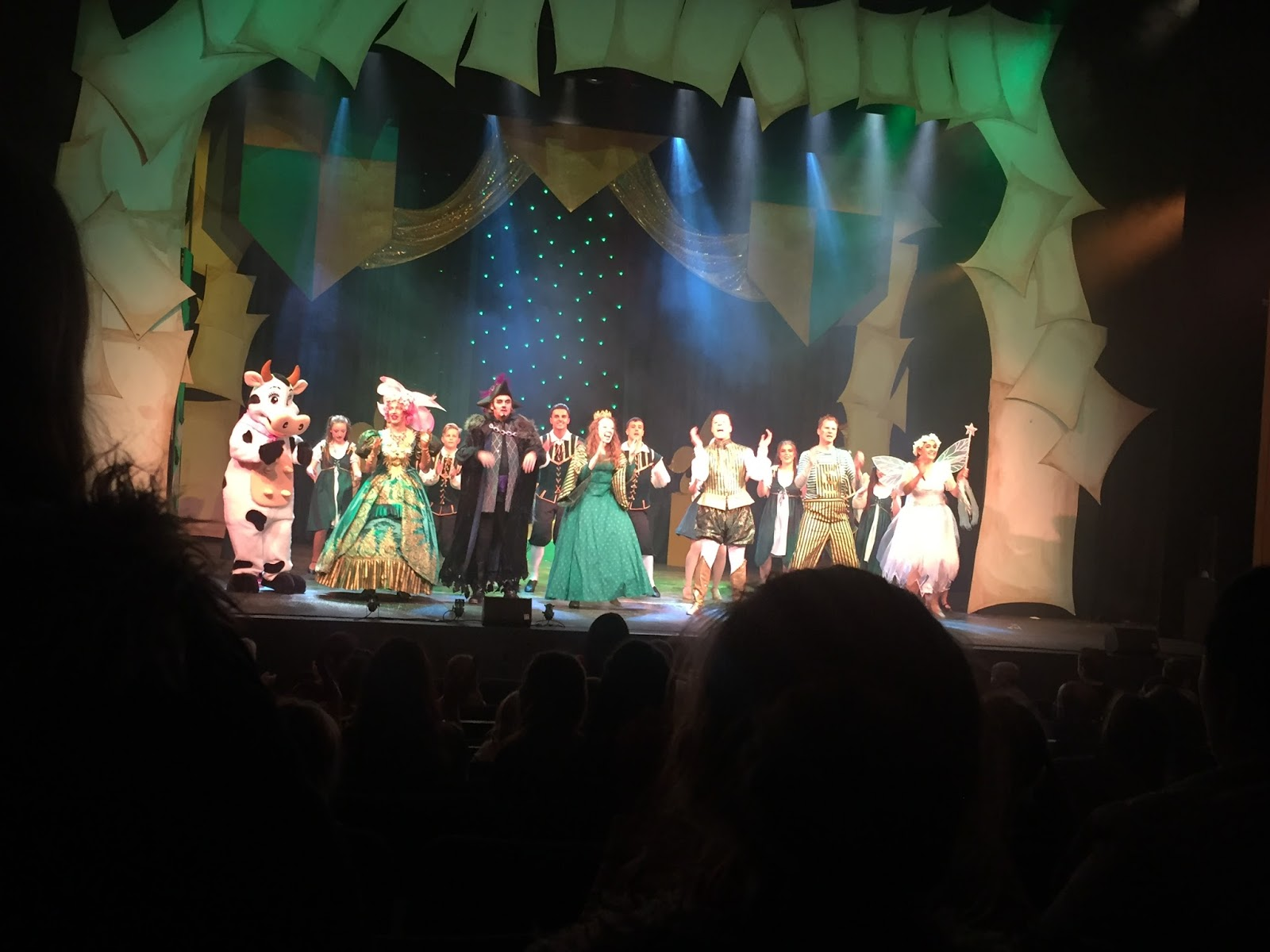 Jack and the Beanstalk Pantomime Review | Gala Theatre, Durham - cast on stage