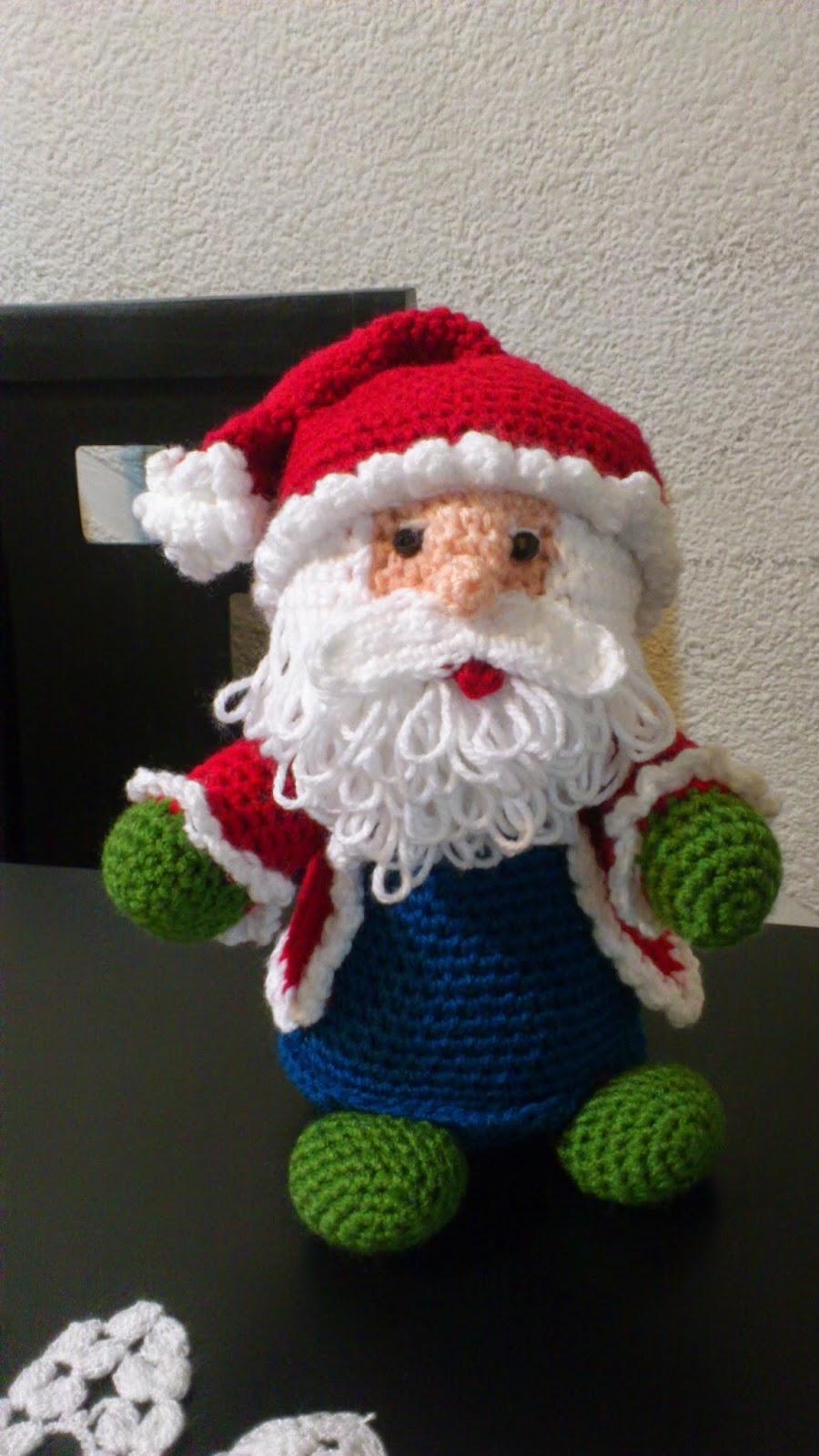 Modèles Gratis Père Noel-Renne-BLOG Splendide, utile pour celles qui aiment  le Crochet + Amigurumis (Traduction par FINOUCREATOU) e9e70d3e32e