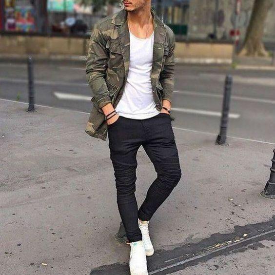 Look Masculino Básico com Camiseta Branca Básica