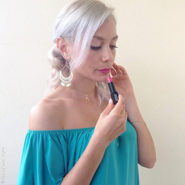 TNS Cosmetics KissMe KissMe Lipstick