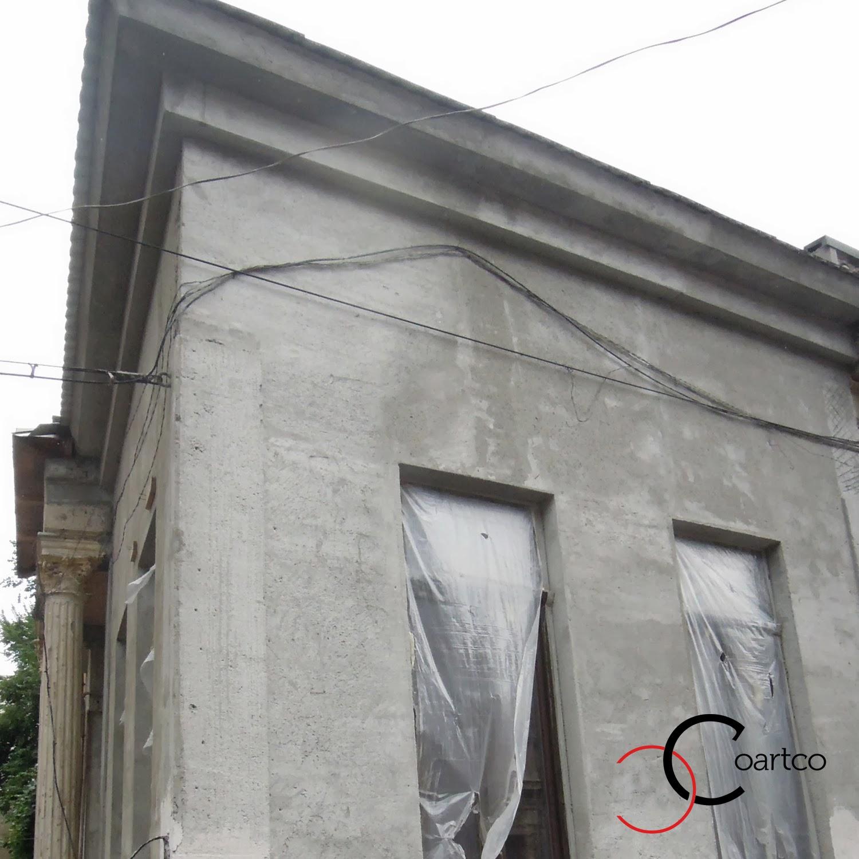 fatada cladire veche reabilitata, firma de constructii