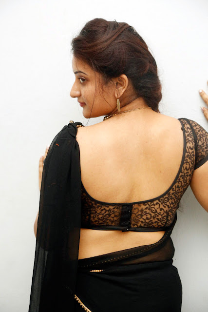 Janani Reddy hot