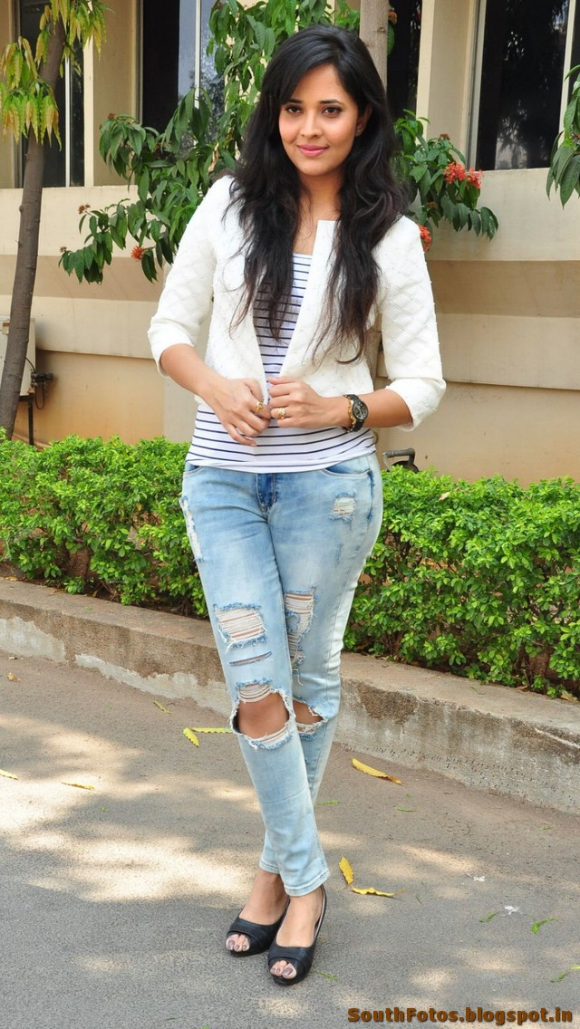 Anasuya Bharadwaj Hot Photo Gallery